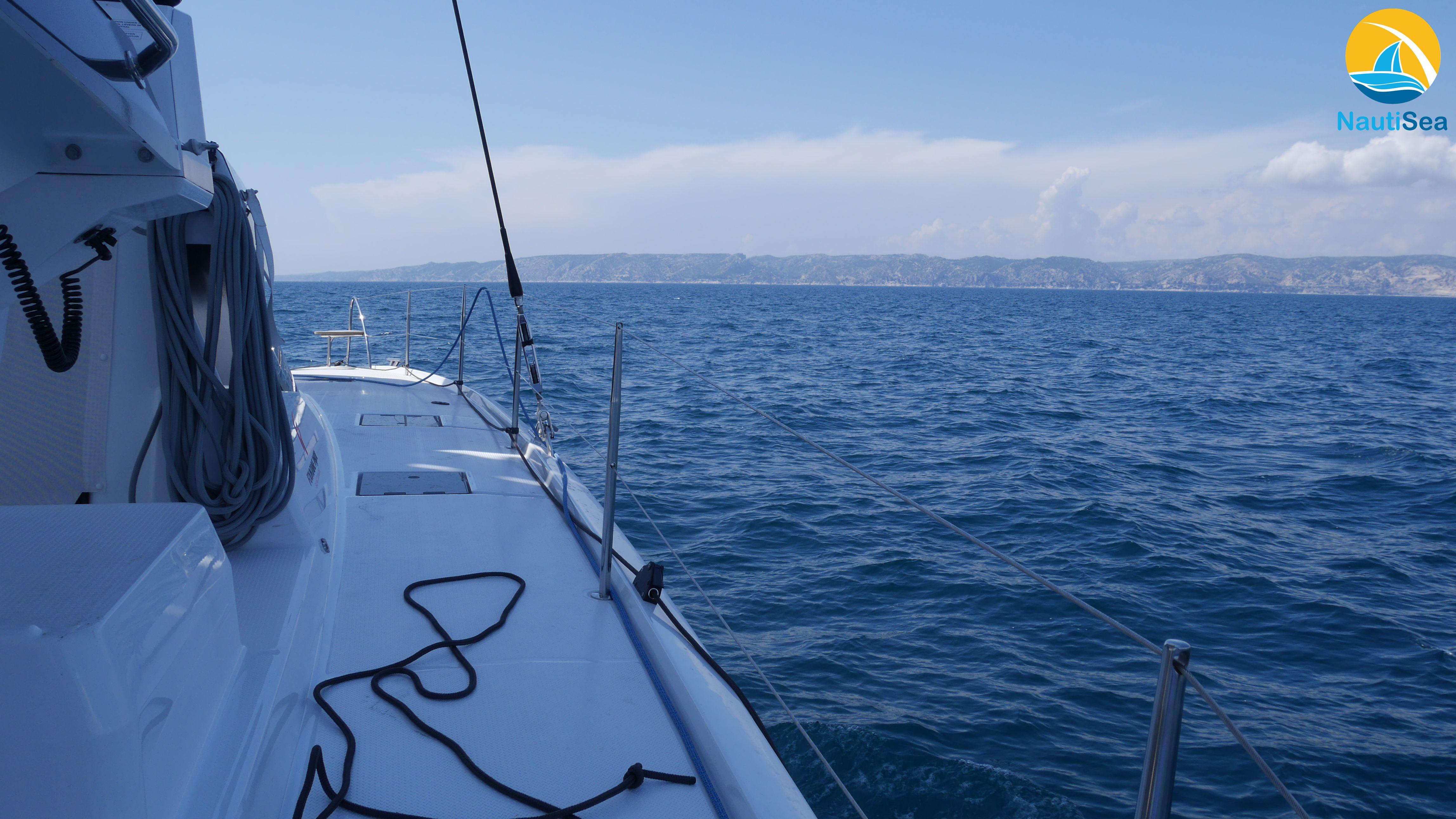 Astrea 42 - Devant Marseille