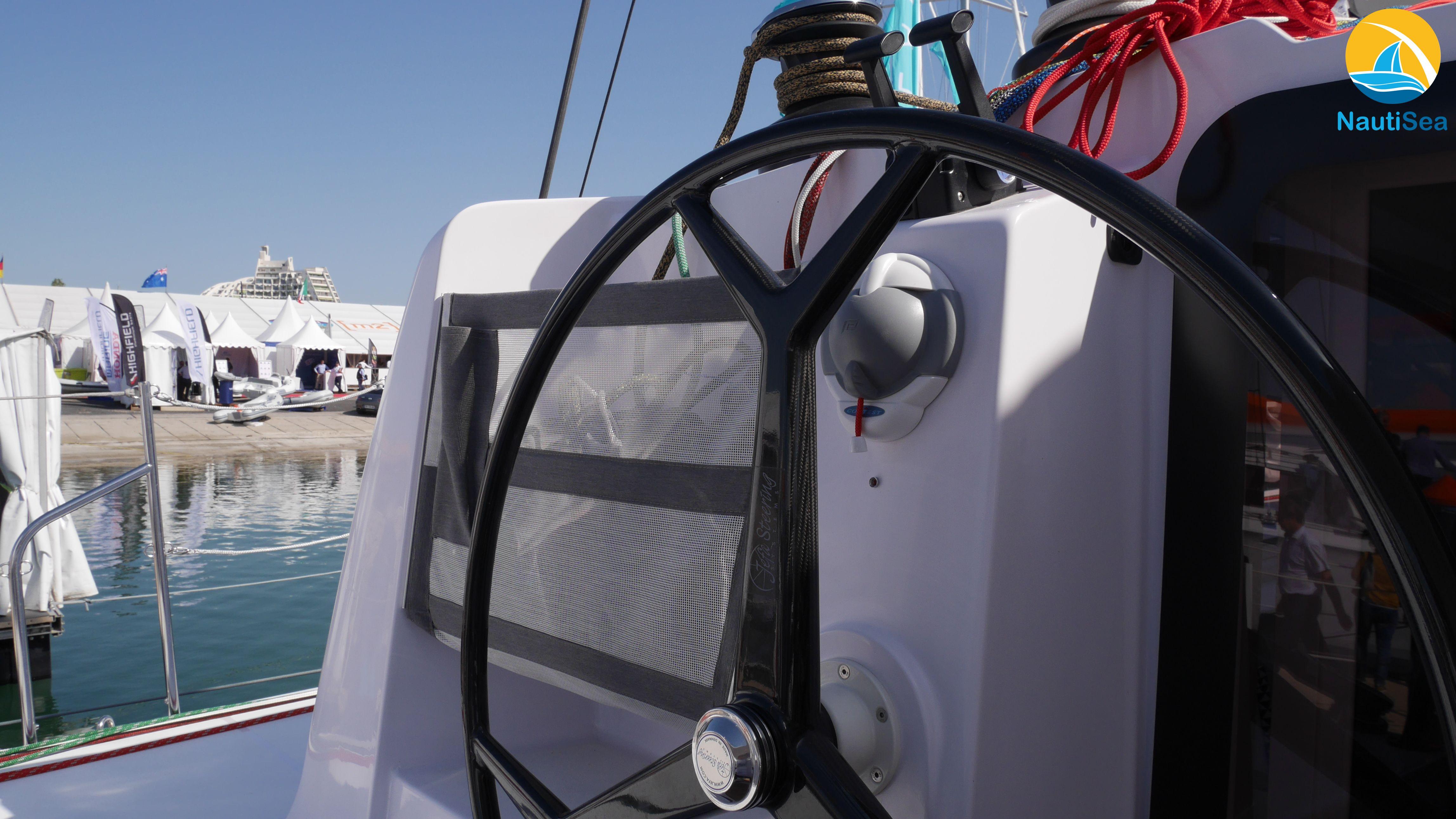 Catamaran Outremer 5X - NautiSea